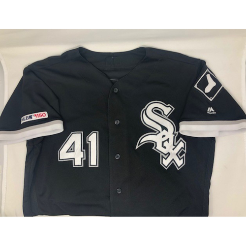 Photo of Kelvin Herrera Game-Used 2019 Black Alternate Jersey