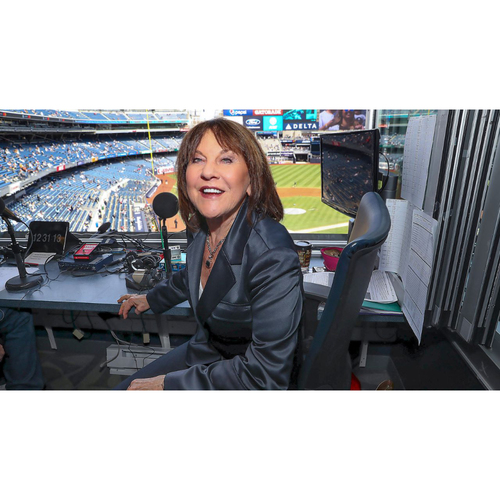 Photo of LOT #9: Zoom in with Suzyn Waldman, New York Yankees Broadcaster