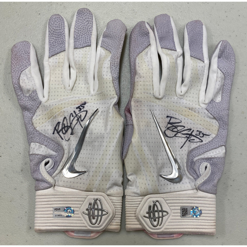 Photo of 2020 Cyber Monday Sale - #35 Brandon Crawford Team Issued Autographed White Nike Batting Gloves