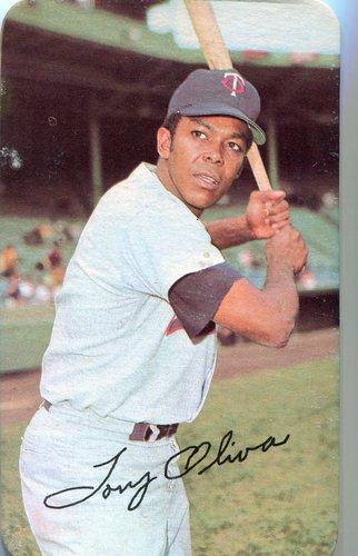 Photo of 1971 Topps Super #11 Tony Oliva -- Some back damage