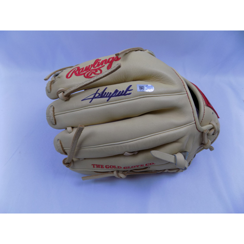 Photo of Adrian Beltre Autographed Authentic Rawlings PRO 205-4C Glove