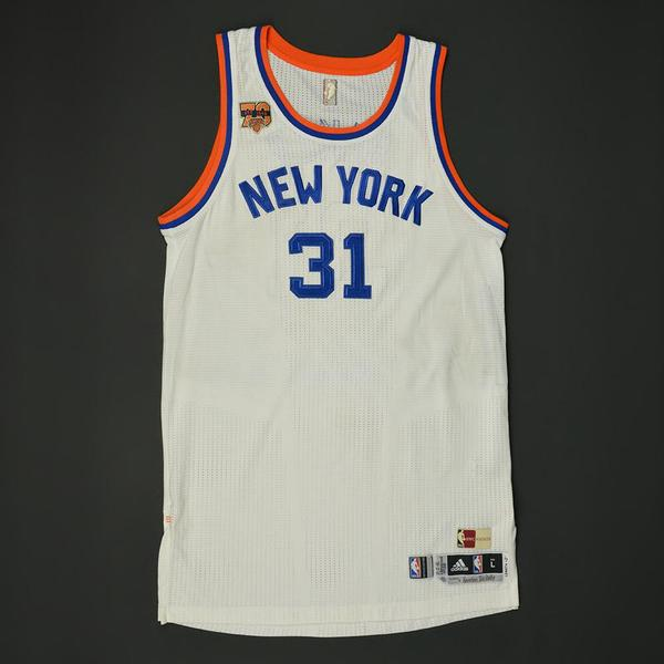 Ron Baker - New York Knicks - Game-Worn Hardwood Classics 1946-47 ...