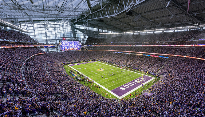MINNESOTA FOOTBALL GAME EXPERIENCE