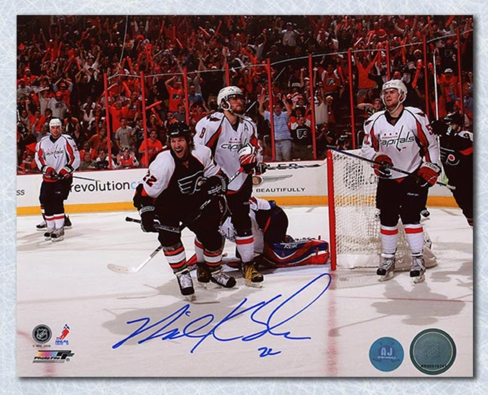 Mike Knuble Philadelphia Flyers Autographed Goal Celevration 8x10 Photo