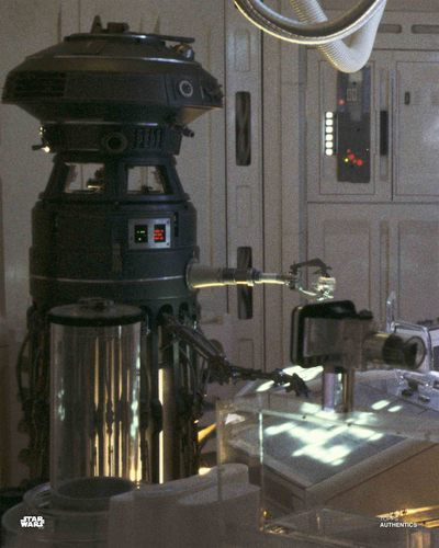 FX-7 Medical Droid