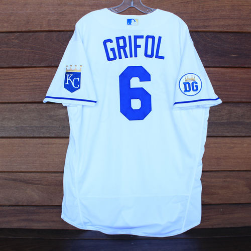 Photo of Game-Used 2020 Los Reales Jersey: Pedro Grifol #6 (PIT @ KC 9/12/20) - Size 48