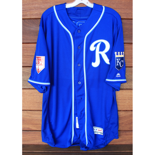 Photo of Team-Issued 2019 Spring Training Jersey: Salvador Perez (Size 48)
