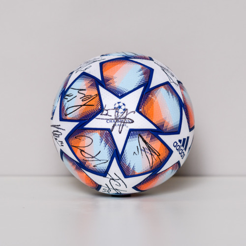 Photo of 20/21 Champions League Ball signed by the FC Lokomotiv Moskva Team