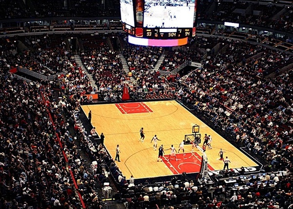 Click to view Chicago Basketball at United Center.
