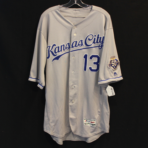 Photo of Game-Used Jersey: Salvador Perez (Size 48 - 9/8/18 - KC @ MIN)