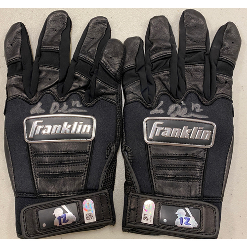 Photo of 2020 Cyber Monday Sale - #12 Alex Dickerson Autographed Black Franklin Batting Gloves