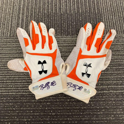 Photo of End of Year Auction - Autographed Batting Gloves (PAIR) - signed by #28 Buster Posey