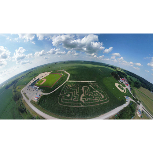 Photo of The MLB at Field of Dreams VIP Experience