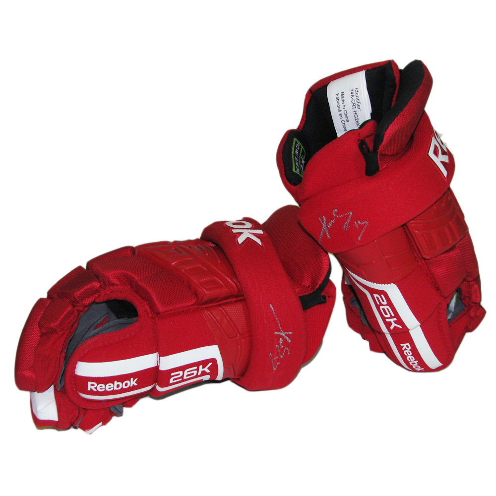 PAVEL DATSYUK Signed Detroit Red Wings Player Brand Reebok Gloves