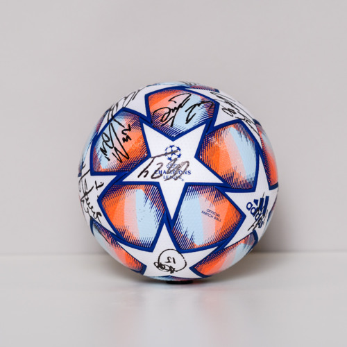 Photo of 20/21 Champions League Ball signed by the FC Internazionale Milano Team
