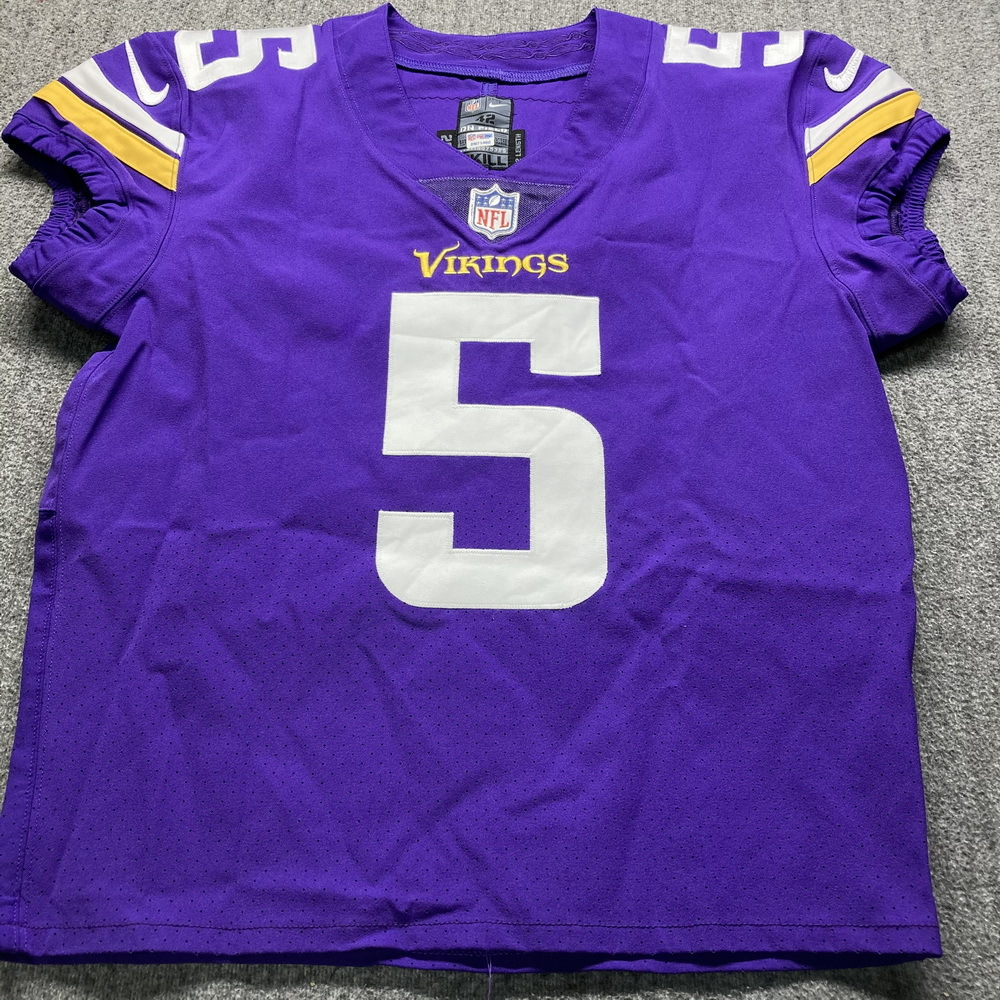 STS - Vikings Dan Bailey Game Issued Jersey Size 42