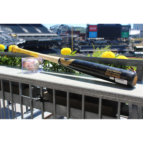 Photo of Melky Cabrera Game-used bat and hit
