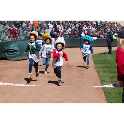 Photo of 2019 Twins Favorite Things Auction: Kids Mascot Race