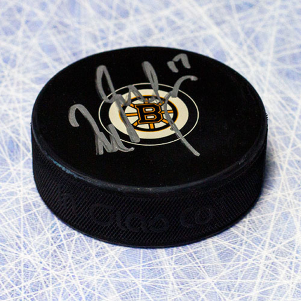 Milan Lucic Boston Bruins Autographed Hockey Puck *Los Angeles Kings*