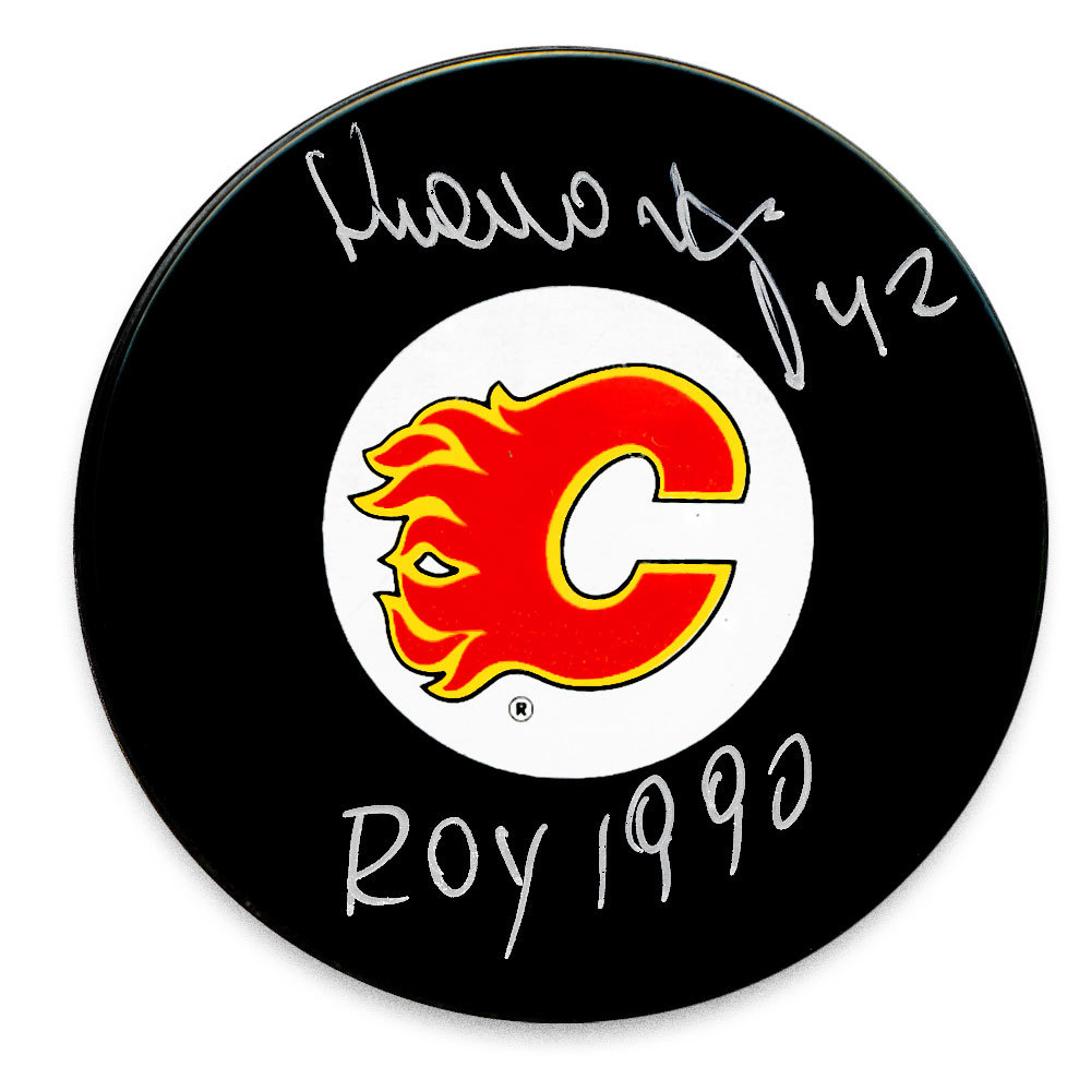 Sergei Makarov Calgary Flames 1990 ROY Autographed Puck