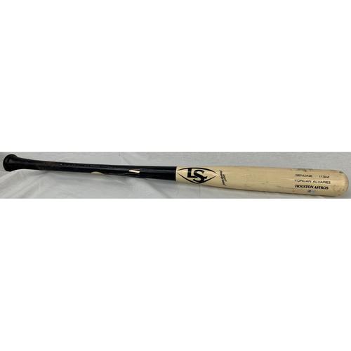 Photo of Yordan Alvarez Game-Used Broken Bat