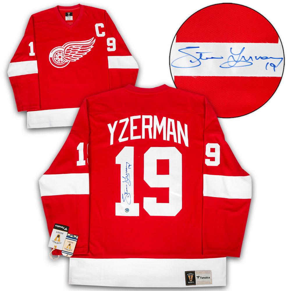 Steve Yzerman Detroit Red Wings Autographed Fanatics Vintage Hockey Jersey