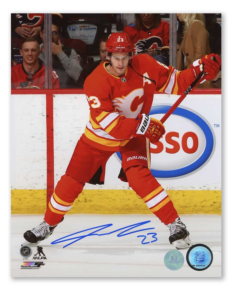 Sean Monahan Calgary Flames Autographed Retro Logo Hockey 8x10 Photo