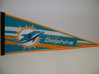 DOLPHINS - DERRICK SHELBY SIGNED DOLPHINS PREMIUM PENNANT (CREASES ON PENNANT)