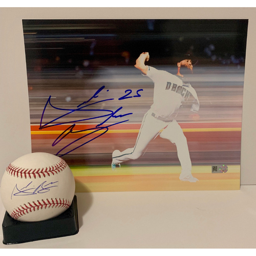 Photo of Archie Bradley Autographed 8x10 and Ball