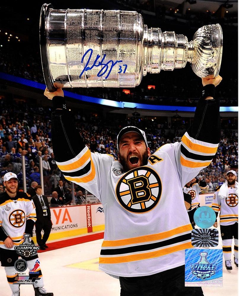 Patrice Bergeron Boston Bruins Autographed 2011 Stanley Cup 8x10 Photo