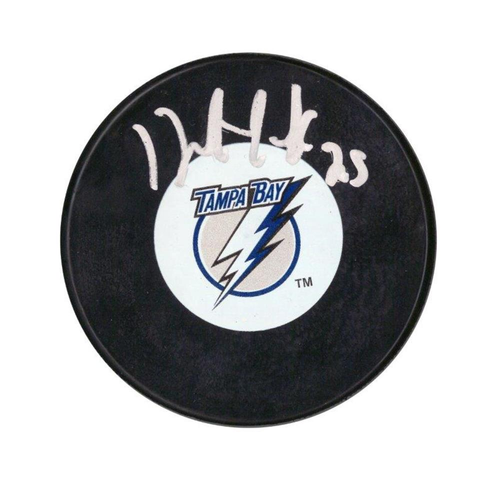 Dave Andreychuk Signed Puck Lightning