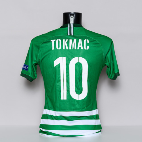 Photo of 20/21 Ferencvarosi TC Jersey - signed by Tokmac Nguen