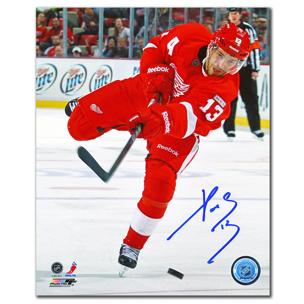 Pavel Datsyuk Detroit Red Wings SLAP SHOT Autographed 8x10