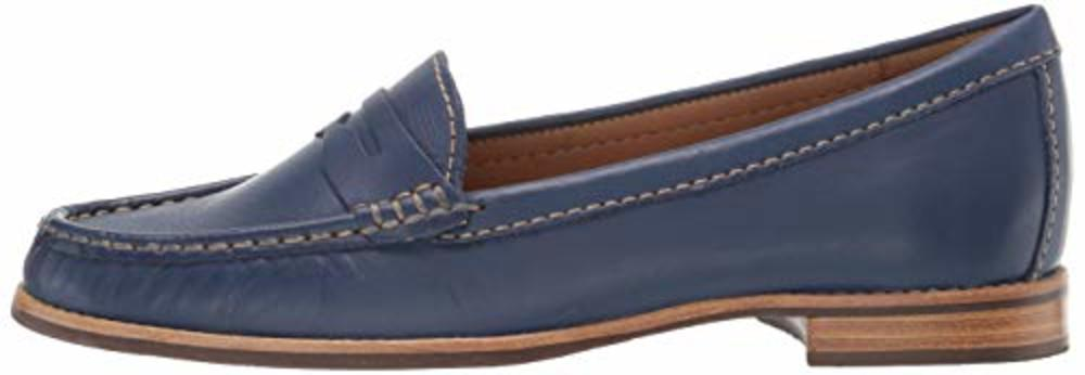 Photo of Driver Club USA Women's Leather Greenwich Loafer
