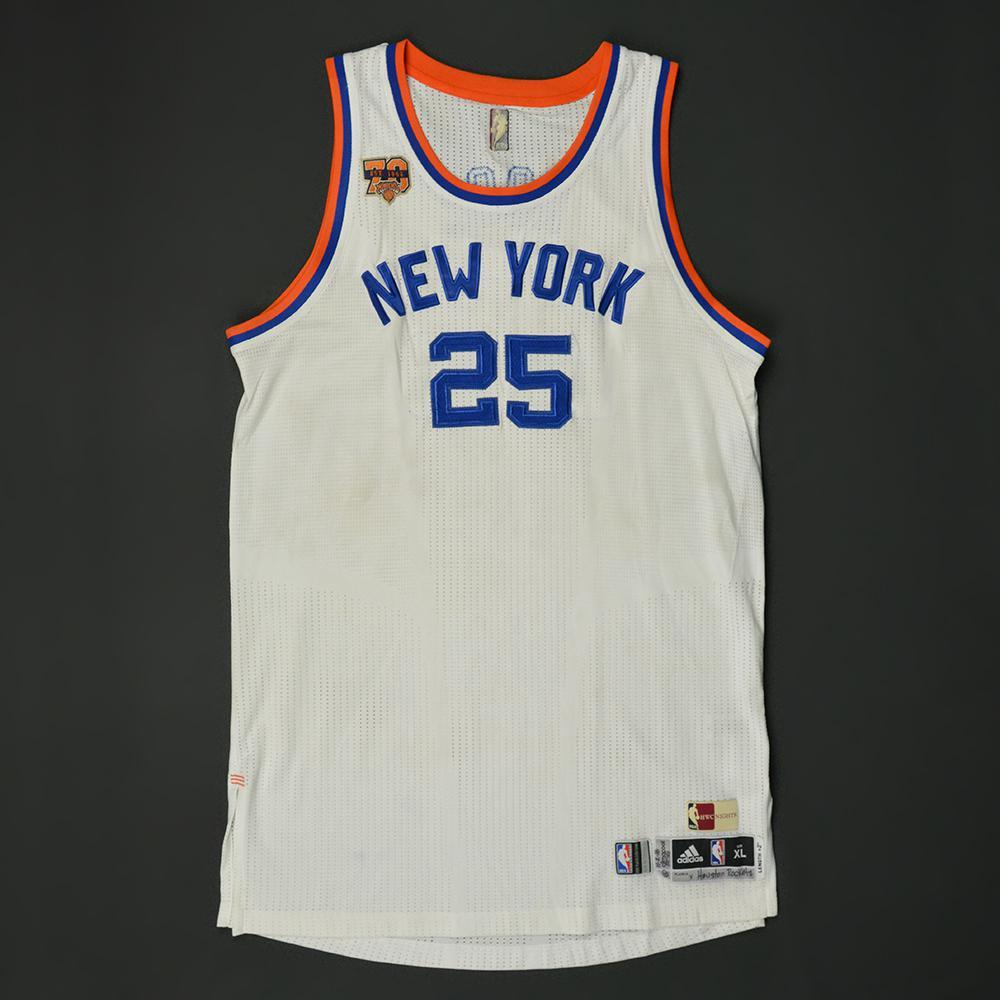 pretty nice a5fa1 350a0 Derrick Rose - New York Knicks - Game-Worn Hardwood Classics ...