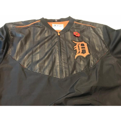 Photo of 2017 Team-Issued Detroit Tigers #35 Road Batting Practice Jacket
