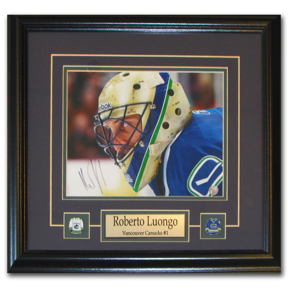 Roberto Luongo Autographed 2010 Team Canada Framed 8X10 Photo (Florida Panthers, Vancouver Canucks)
