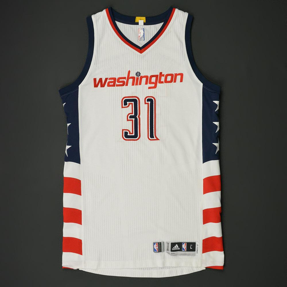 best service eeb74 7d7da Tomas Satoransky - Washington Wizards - Game-Worn White ...