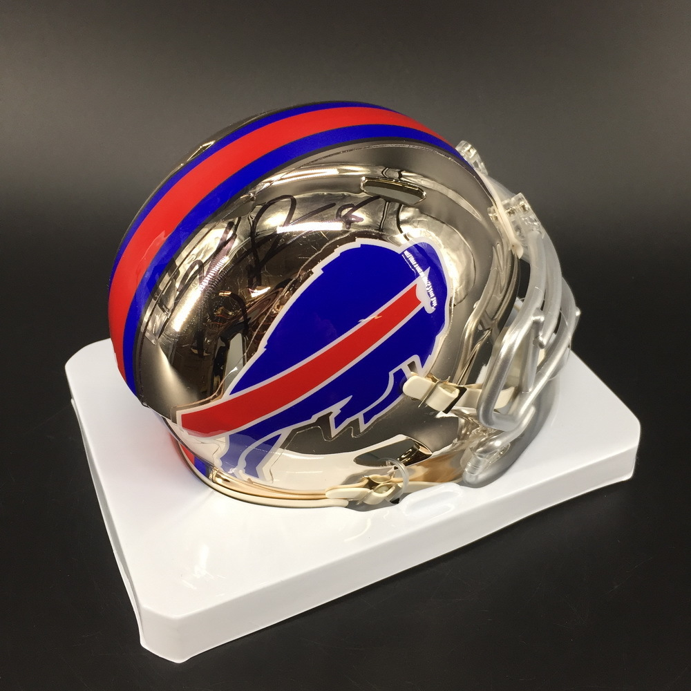 NFL - Bills Kyle Williams Signed Mini Helmet