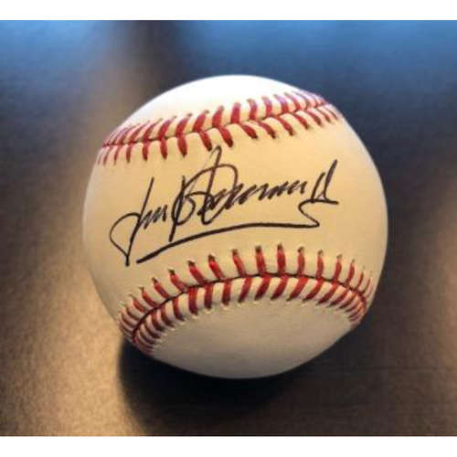 Photo of Giants Community Fund: Gorkys Hernandez Signed Baseball