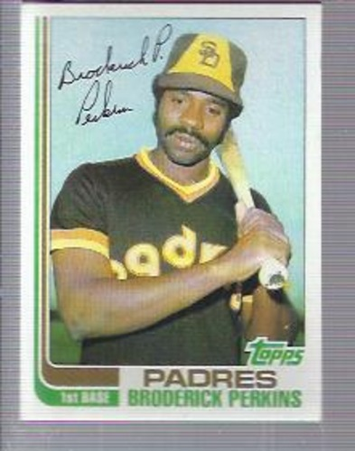 Photo of 1982 Topps #192 Broderick Perkins