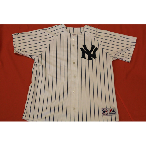 Photo of Autographed Andy Pettitte Yankees Jersey - Not MLB Authenticated