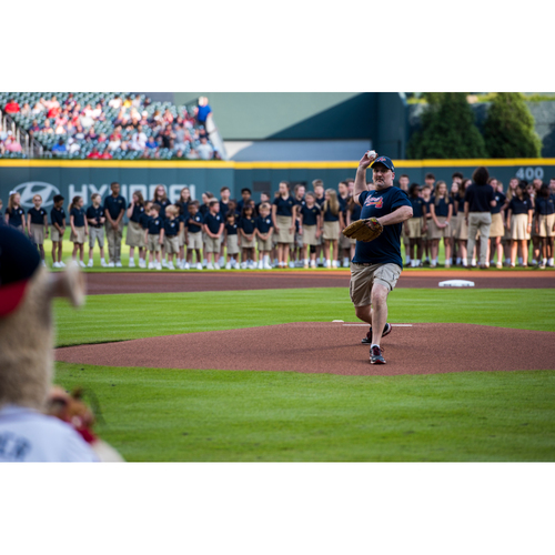 Photo of Atlanta Braves Throw Out the First Pitch On-Field Experience MARCH 26th 2019