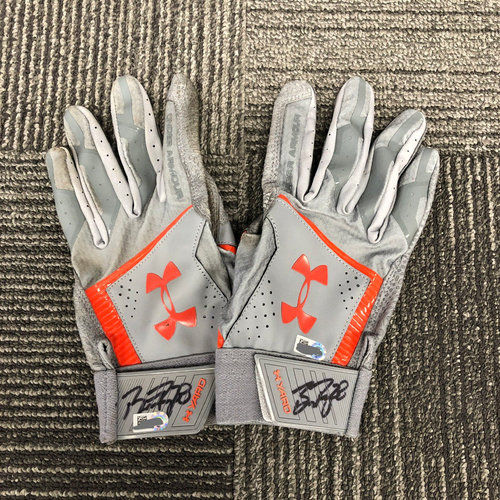 Photo of 2018 Holiday Deal! - Autographed Team Issued Black & Gray Batting Gloves (Player Collected) - #28 Buster Posey