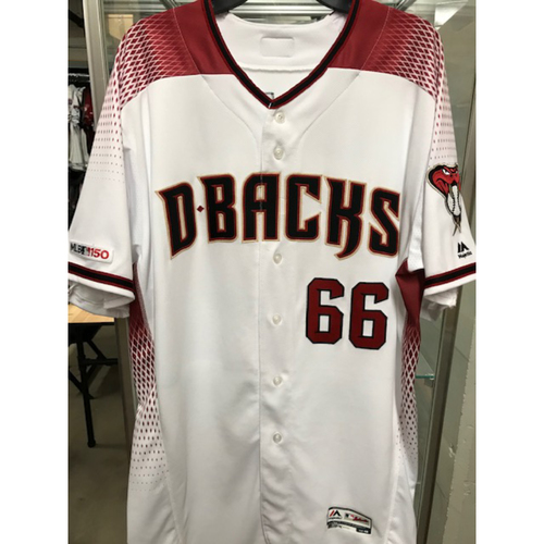 Photo of Yoshihisa Hirano 2019 Team-Issued Home Regular Jersey