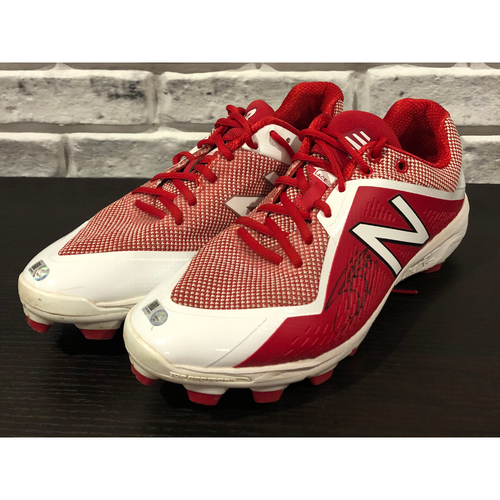 Photo of Scott Schebler -- *Autographed* Pair of Cleats -- Size: 10.5