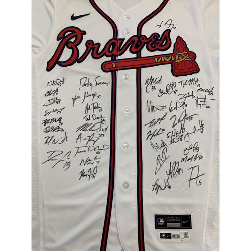 Photo of 2021 Atlanta Braves Team Signed Home Jersey
