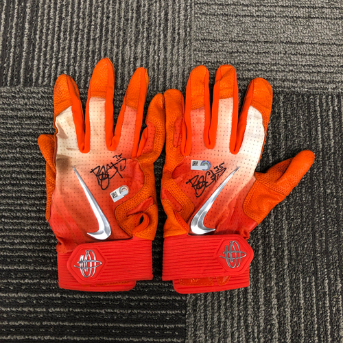Photo of 2018 Holiday Deal! - Autographed Team Issued Batting Gloves (Player Collected) - #35 Brandon Crawford