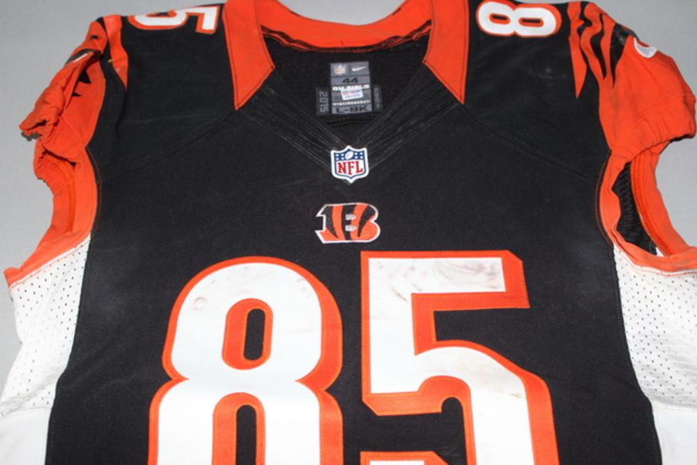 NFL Auction   NFL International Series - Bengals Tyler Eifert game ...