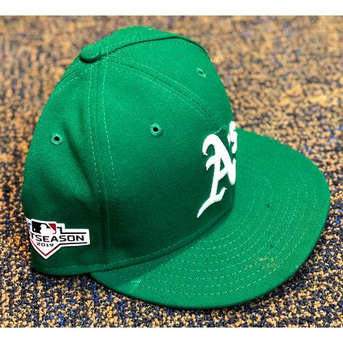 Photo of Team Issued Hat: Matt Olson w/ 2019 Postseason Patch